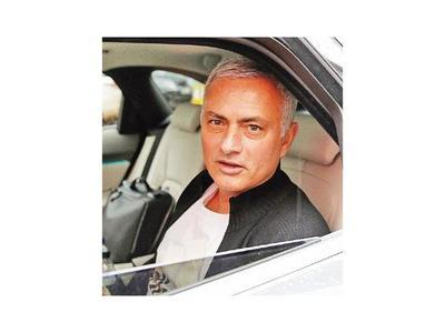 Mourinho rompió aislamiento social