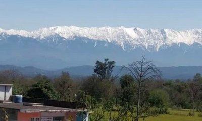 Baja la contaminación y el Himalaya reaparece en el horizonte