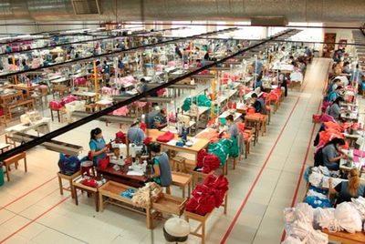 Confeccionistas producirán indumentaria hospitalaria, según indicaciones sanitarias