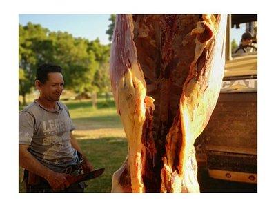 Ganaderos solidarios donan carne a familias necesitadas del Chaco