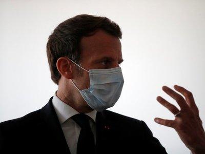 Macron visita al polémico doctor que trata el Covid-19 con cloroquina