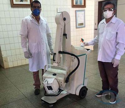 Diputado Acosta anuncia llegada de equipo de Rayos X portátil al Hospital Regional