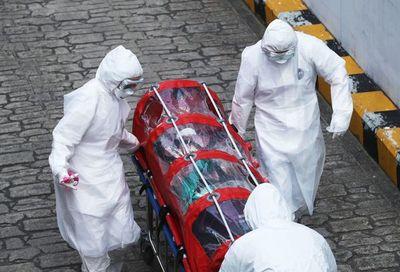 Al menos 107 mil muertos, desde que surgió en China