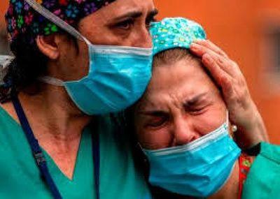 Casi 30 médicos mueren en España por coronavirus