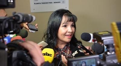 Oficializan pedido de Pérdida de Investidura de la senadora María Eugenia Bajac