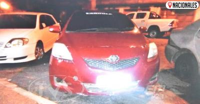 Uber atropelló a una adolescente que le robó el celular