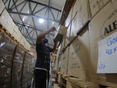 Dura puja del país para asegurar llegada de insumos desde China