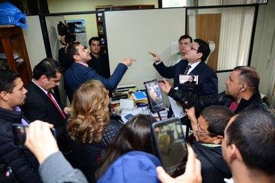 MIGUEL PRIETO realiza ataque mediático a quienes se le OPONEN y le CRITICAN