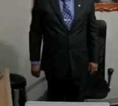 Jura senador que reemplazará a Bajac