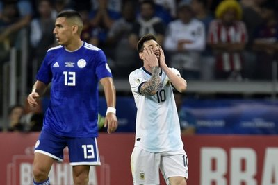 Junior Alonso eligió, ¿ganar una Libertadores o la Copa América?