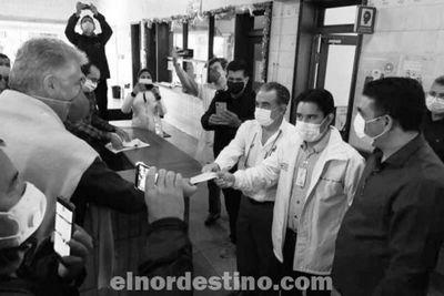 Intendente municipal hace entrega de dos mil quinientos millones de guaraníes al Hospital Regional de Pedro Juan Caballero