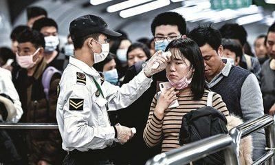 China admite que muertes en Wuhan fueron casi un 50% más de lo informado