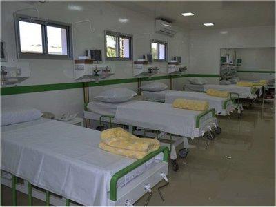El Hospital de Fram habilita Urgencias con equipos propios