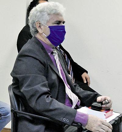 Corte  abre sumario a abogado que amenazó a un periodista