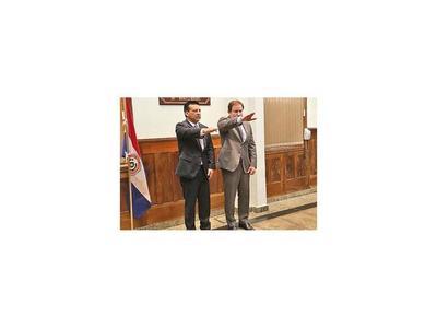 Diputado busca que políticos no ocupen  presidencia del JEM