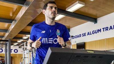 """Casillas: """"Gracias a todo el personal sanitario"""""""