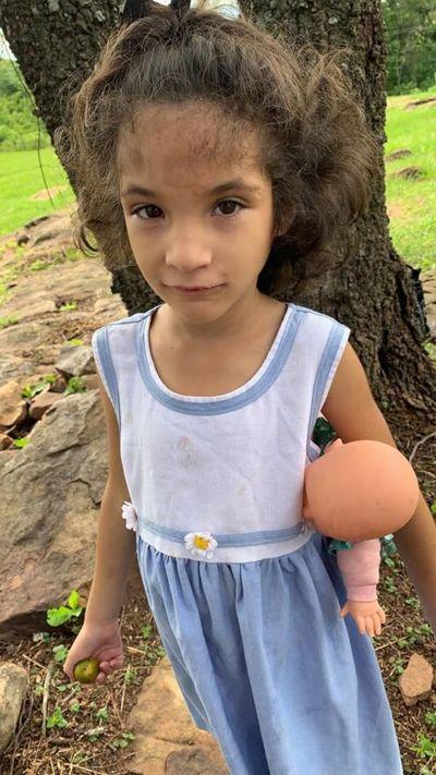 Siguen buscando a Juliette, la niña de 7 años extraviada en Emboscada