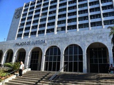 Unos 100 juicios laborales esperan lacrados reapertura de los juzgados