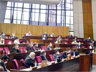 Diputados aprueba uso de royalties para Salud, víveres y gastos
