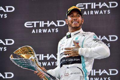 Hamilton quiere seguir en F1 con Mercedes