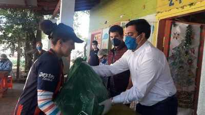 En San Lorenzo distribuyeron casi 6 mil kilos de alimentos