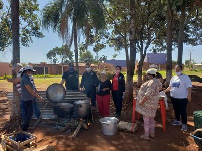 Pastoral penitenciaria organiza olla popular frente al penal de Pedro Juan