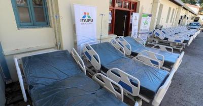 Itaipú entregó 40 camas hospitalarias a Salud