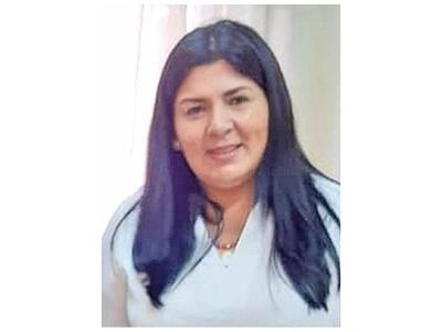Jueza admite causa de la diputada Medina y le cita para medidas