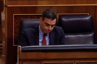 El Gobierno español, salpicado por varias polémicas en la crisis sanitaria