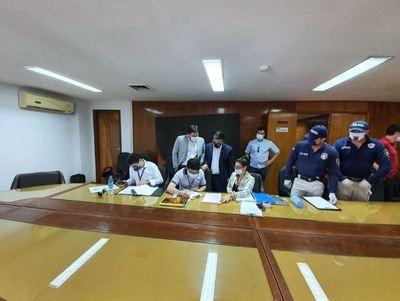Fiscalía allana Petropar tras polémica compra de agua tónica en lucha contra el Covid-19
