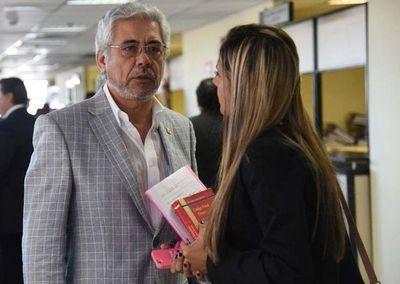 Asaltaron vivienda de Froilán Peralta, ex rector de la UNA