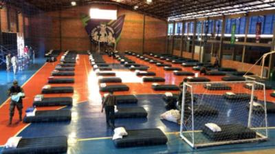 HOY / Paraguayos vuelven al país y se aislarán en polideportivo