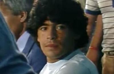Francesco Totti, ídolo de la Roma: 'Inventaron la pelota porque sabían que existiría Maradona'