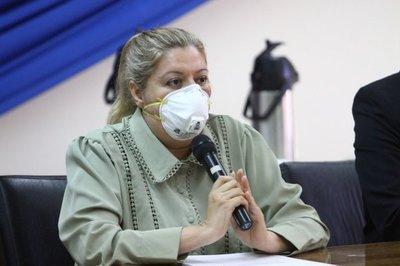 Diputado anunció que pedirá juicio político contra Sandra Quiñonez por supuesto uso indebido de influencias