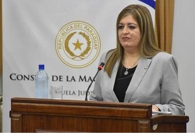 Juicio político a Sandra Quiñónez: 'Dejémonos de joder', sostiene Alliana