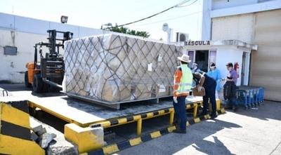 HOY / Aduanas investiga por contrabando y defraudación a firma que trajo medicamentos de la India