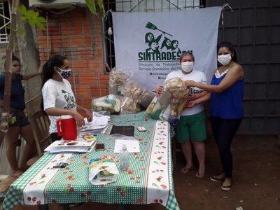 Covid-19: Trabajadoras domésticas entregan kits de alimentos