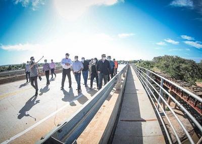 Gobierno inaugura hoy puente que une Horqueta con Tacuatí
