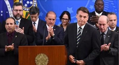 Bolsonaro nombra a ministro de Justicia y director de la Policía Federal