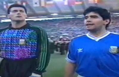 Maradona estuvo cerca de ser expulsado justo antes del inicio de la final de Italia '90