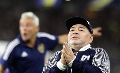 """HOY / Maradona, sobre suspensión de descensos: """"Dicen que es una nueva mano de Dios"""""""
