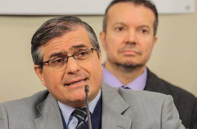 Gobierno asegura que presuntas irregularides están en investigación