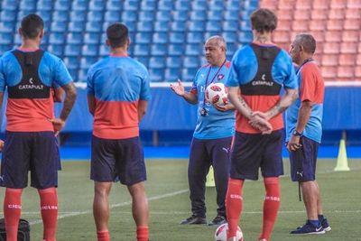 Arce pide que la APF escuche a los demás protagonistas del fútbol