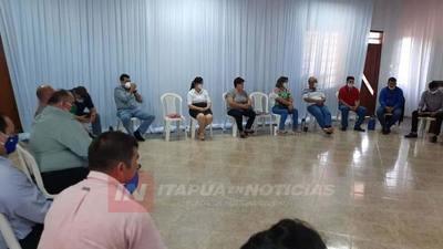 CONFORMAN ASOCIACIÓN DE JUNTAS MUNICIPALES DE ITAPÚA