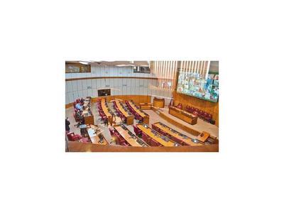 Senadores rechazan el desafuero de Zacarías