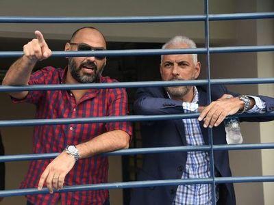 Eliminación de Libertadores, polémica por Grana, deuda de tres meses con jugadores y suspensión de funcionarios: la peor crisis de la era Zapag