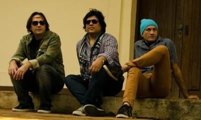 Rockeros paraguayos y británicos se unen para una canción