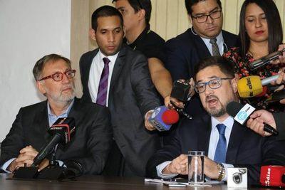 """Acusación de Fiscalía del Brasil contra Cartes pareció más bien una """"publinota"""""""