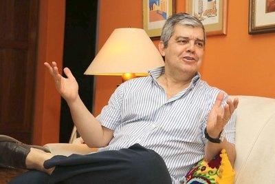 "Riera le pide a Mazzoleni que ""limpie"" Salud"