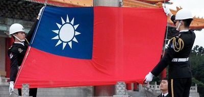 Estados Unidos respalda a Taiwán, China reacciona